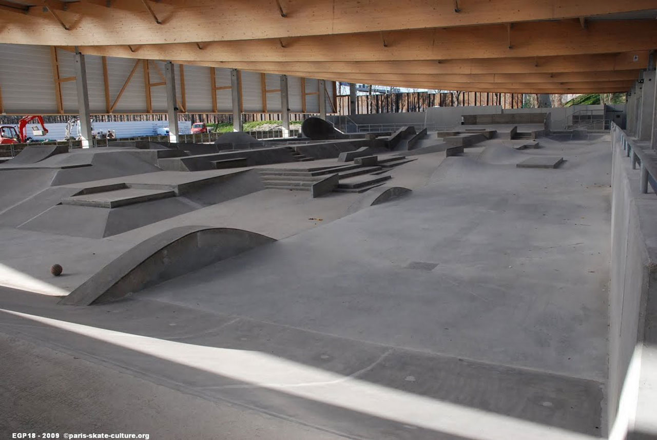 INDOOR SKATEPARK 18e